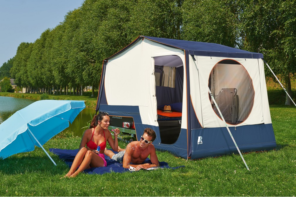 caravane pliante raclet solena latour tentes mat riel de camping. Black Bedroom Furniture Sets. Home Design Ideas
