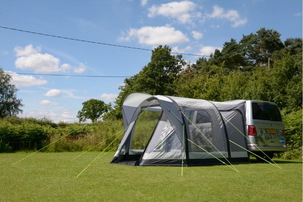 Auvent travel pod action air kampa for Auvent gonflable kampa pour camping car